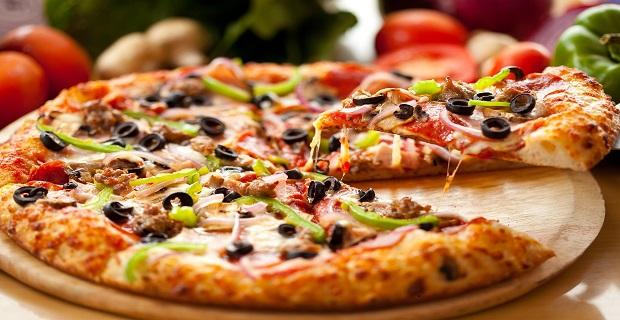 Londra'da Bognor Regis Bölgesinde Satılık Kebab Pizza