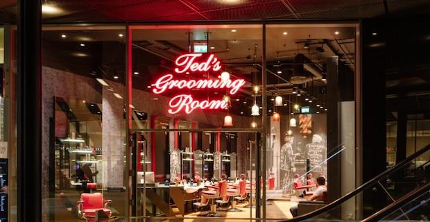 Londra'da Ted's Grooming room'da çalışacak tecrübeli berberler aranıyor