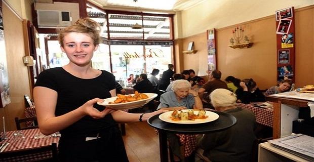 Londra'da Çalışacak Bayan Garson Aranıyor