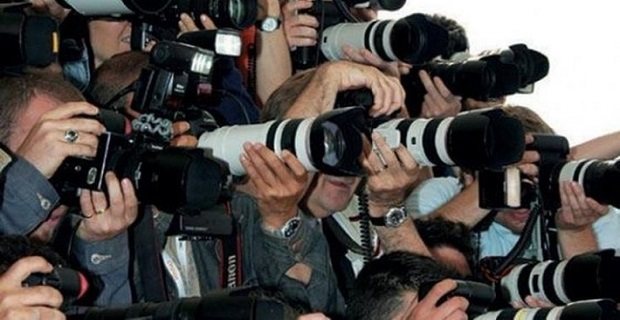 Londra'da gazeteci ve fotoğrafçı; Hilal Seven
