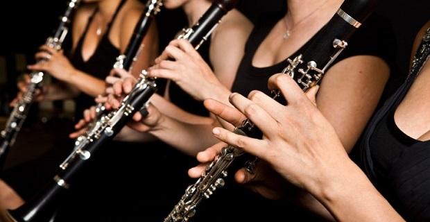 Royal Academy of Music Mezunundan; nota okuma, piyano ve klarinet dersleri