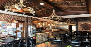West Wimbledon'da Dekorlu Cafe Bistro