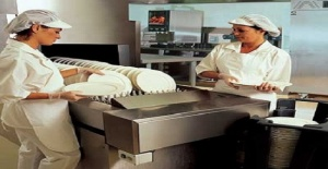 Debden Loughton'da Cafe'de Çalışacak Bulaşıkçı