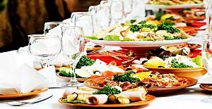 Cafe, bar, restoran ve otellere yiyecek içecek danışmanlığı verilir
