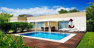 Yalıkavak'da Satılık Full Deniz Manzaralı Villa