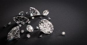 Handmade Nefinn Silver Jewellery birbirinden şık ürünleri Londra'da