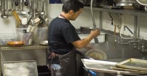 Türk Restoranına Bulaşıkçı ve Şef Yardımcısı