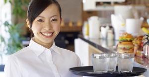 Coffee shop'ta çalışacak bayan garson aranıyor