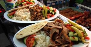 Londra'da Kebab Servis Elemanı Aranıyor