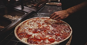 Londra'da Satılık Kebab and Pizza Shop