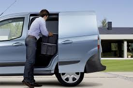 Hulusi Courier Service for Londoners
